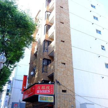 1階は中華料理屋さん