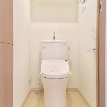 トイレはしっかり個室!※写真は4階同じ間取りの別部屋