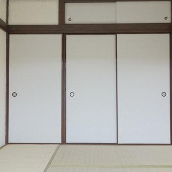 4畳半の和室です。 ※通電前の写真です