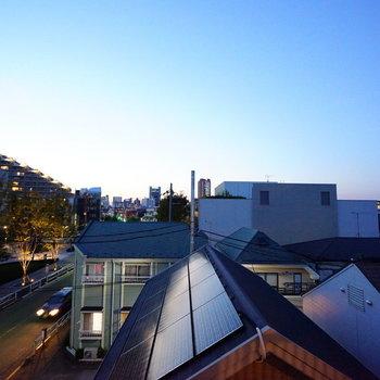 眺望はきれいな夕日が望めました♪  ※写真は4階の同間取りのお部屋です。