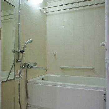お風呂も良い感じ※7階別部屋同間取りの写真です。