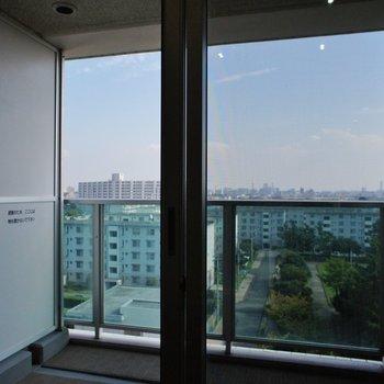 バルコニーへ※7階別部屋同間取りの写真です。