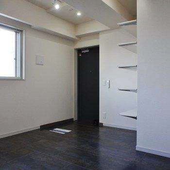 書斎とか、アウトドアなものを置いたり※7階別部屋同間取りの写真です。