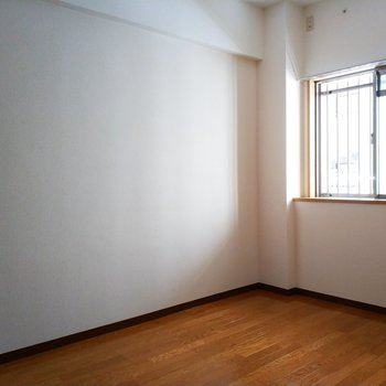 4.2帖のお部屋は書斎や子供部屋にももってこいですね!