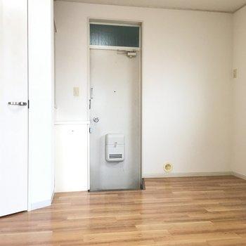 【工事前】玄関は小さいですが!