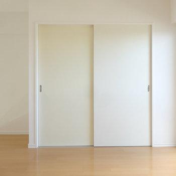 クローゼットもしっかりと。※写真は別室です