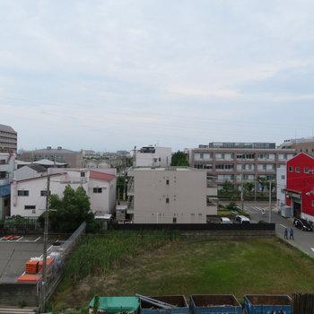 こう。近くに大阪市立大学が見えます