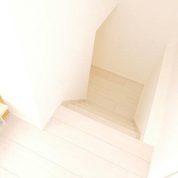 階段を下ると・・・