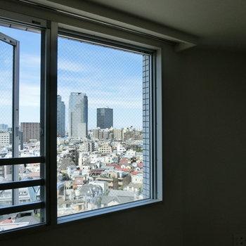 ※12階からの眺望です。募集は13階なので更に良い眺めかも?!