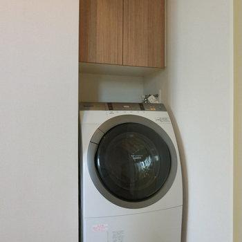 隙間には洗濯機が!! ※12階同間取り別部屋の写真です