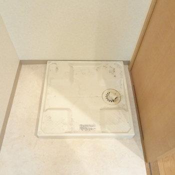 洗濯パンは水回りにあります。※写真は4階の反転間取り別部屋のものです