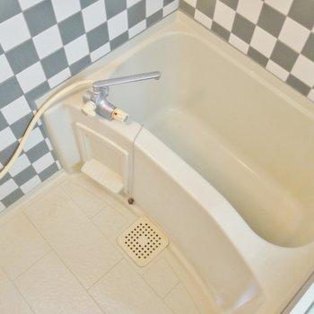 お風呂はこんな感じ。※写真は類似間取り別部屋のものです。