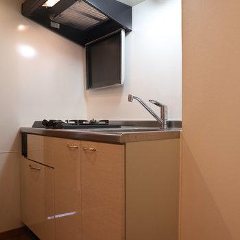 【上階】作業スペースもあるのでお料理好きな方にもオススメ!