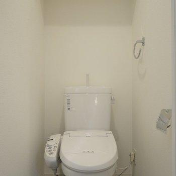 上には、ちょっとした物置。※1101号室の写真