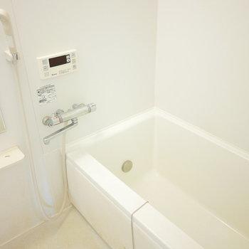 浴室もきれいでいいですね。