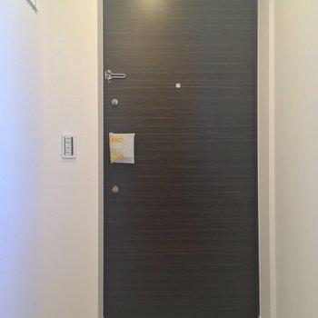 玄関もゆとりのスペース