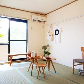 2階の和室は気持ちの良い香りが。