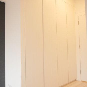 お部屋の収納はこちら。※写真は2階の同じ間取り別部屋のものです