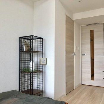 お部屋の中のドアは。。※写真はモデルルームです。