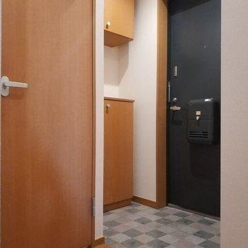 玄関スペース十分ですね。