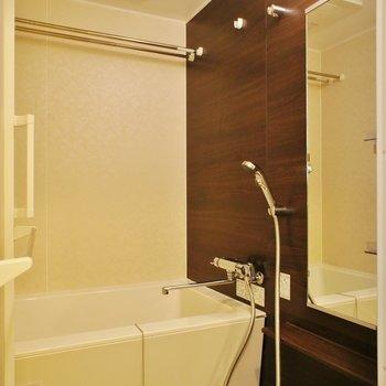お風呂、高級感ありますねー ※13階同間取り別部屋の写真です
