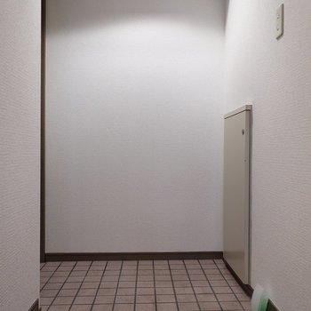玄関はとってもゆったりしています◎
