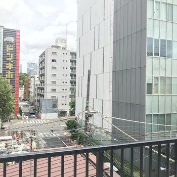 眺望は中目黒の街並み。