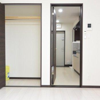お部屋です。※写真は2階の同間取り別部屋のものです