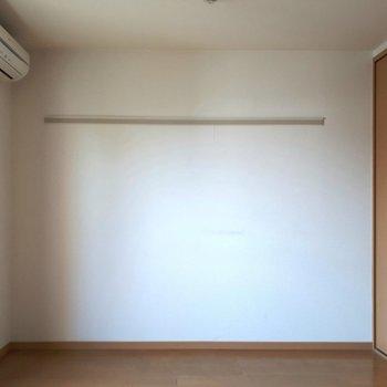 白くナチュラルな空間! ※照明なしの時のお写真です※写真は2階の反転間取り別部屋のものです。