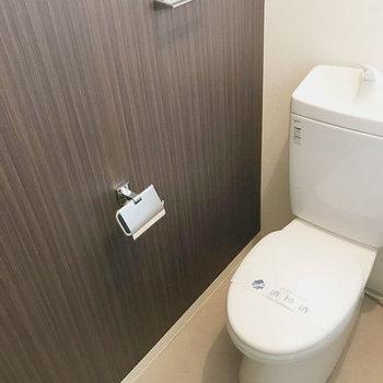 トイレはシックにね。
