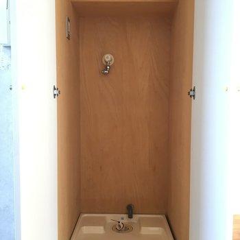 洗濯機も隠れるようになっています!※写真は2階の同間取りの別部屋です。