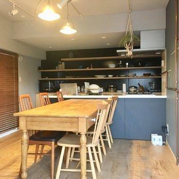 住人が自由に使える7階コモンキッチン!※共有スペースです