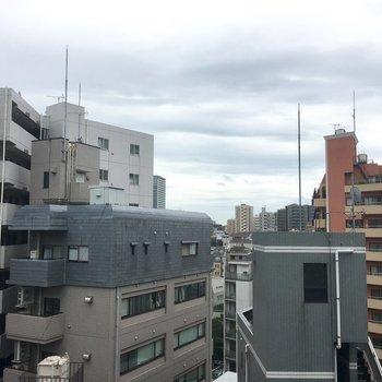 さすが最上階9階、眺望は開けています〜