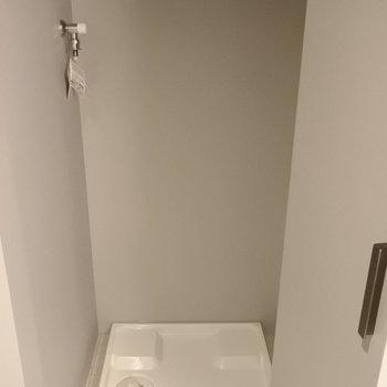 洗濯機もかくせちゃう。※写真は別室です。