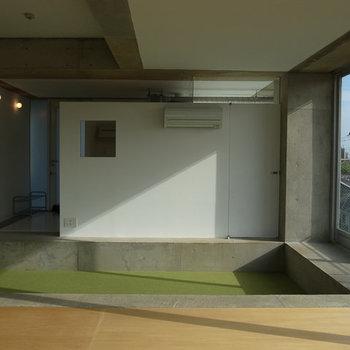 色のバランスもいいですね◯※写真は4階別部屋似た間取り。