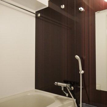 浴室は乾燥機あり