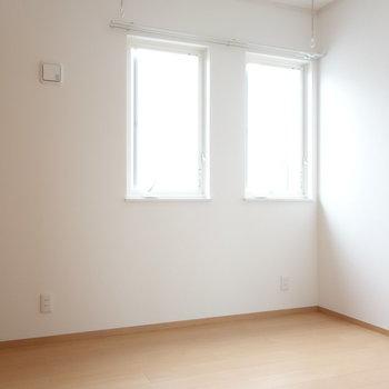 こちらが寝室です。