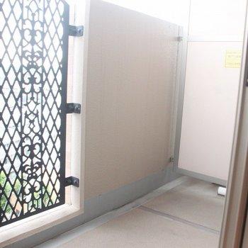 景色を見渡すことができて開放的!※写真は8階の同じ間取りの別部屋です