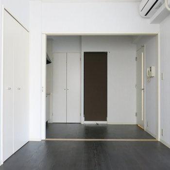 エアコンもついてますよ〜〜!※写真は同間取り別部屋のものです。