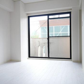 LDKお隣の洋室。
