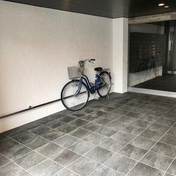 自転車置けますよ〜!