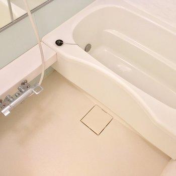 バスルームも、リッチな広さ※写真は前回募集時のものです