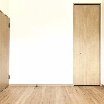 2階にはもう一つ洋室が!