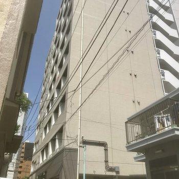 しっかりした建物。