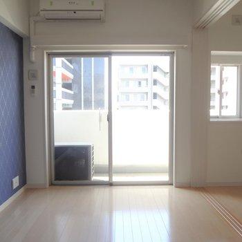 光もちゃんと入ってきます。※写真は10階の角部屋ではない同間取りの部屋ものです