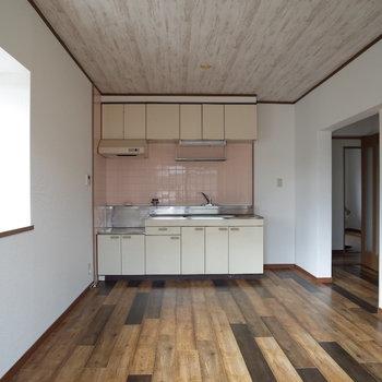 独特な床!個性的な天井!