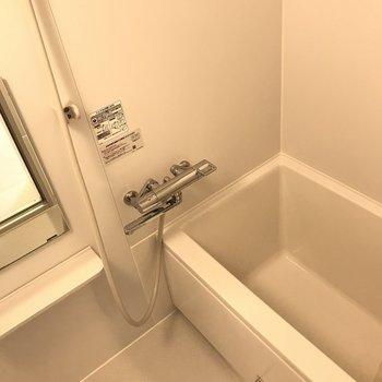 カクカク四角いお風呂です
