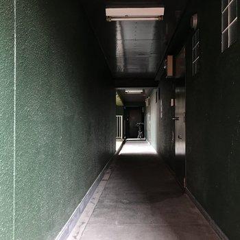 共用部は深緑です