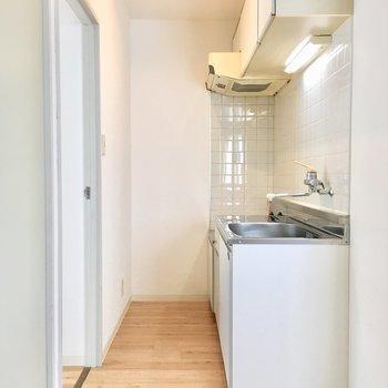 キッチンはどちらのお部屋からも行きやすいですね。