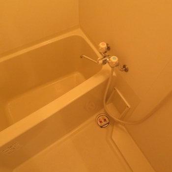 お風呂はコンパクト